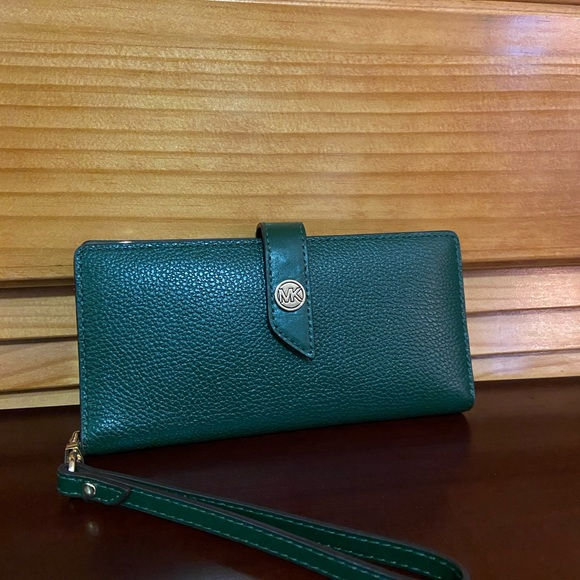 Michael Kors-Green Wallet